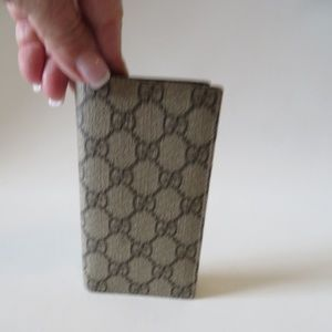 GUCCI MONOGRAM IPHONE 7 8 CELL PHONE BIFOLD WALLET